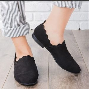 Qupid faux suede black loafers new in box